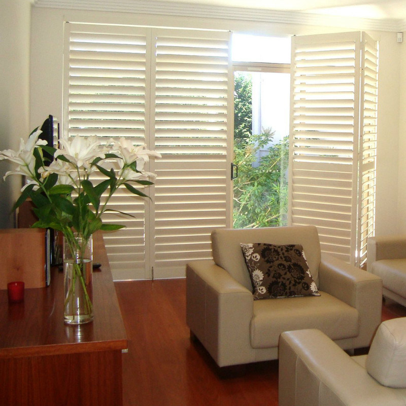Solid Wood Plantation Shutters for Window